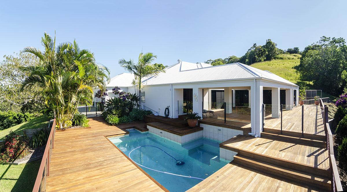 pool deck by Propertyshoot.com